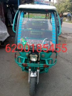 Toto gari battery and charger in very good condition,icart appro-Vehicles-Cars-Other Cars-Kolkata