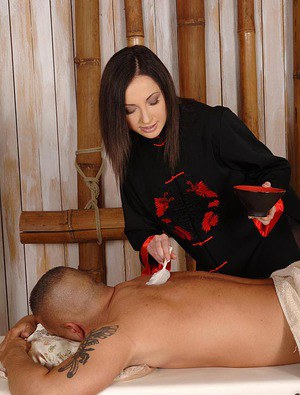 Female to Male Body Massage with Hammam Bath in Andheri West-Personals-Personals Services-Massages-Mumbai