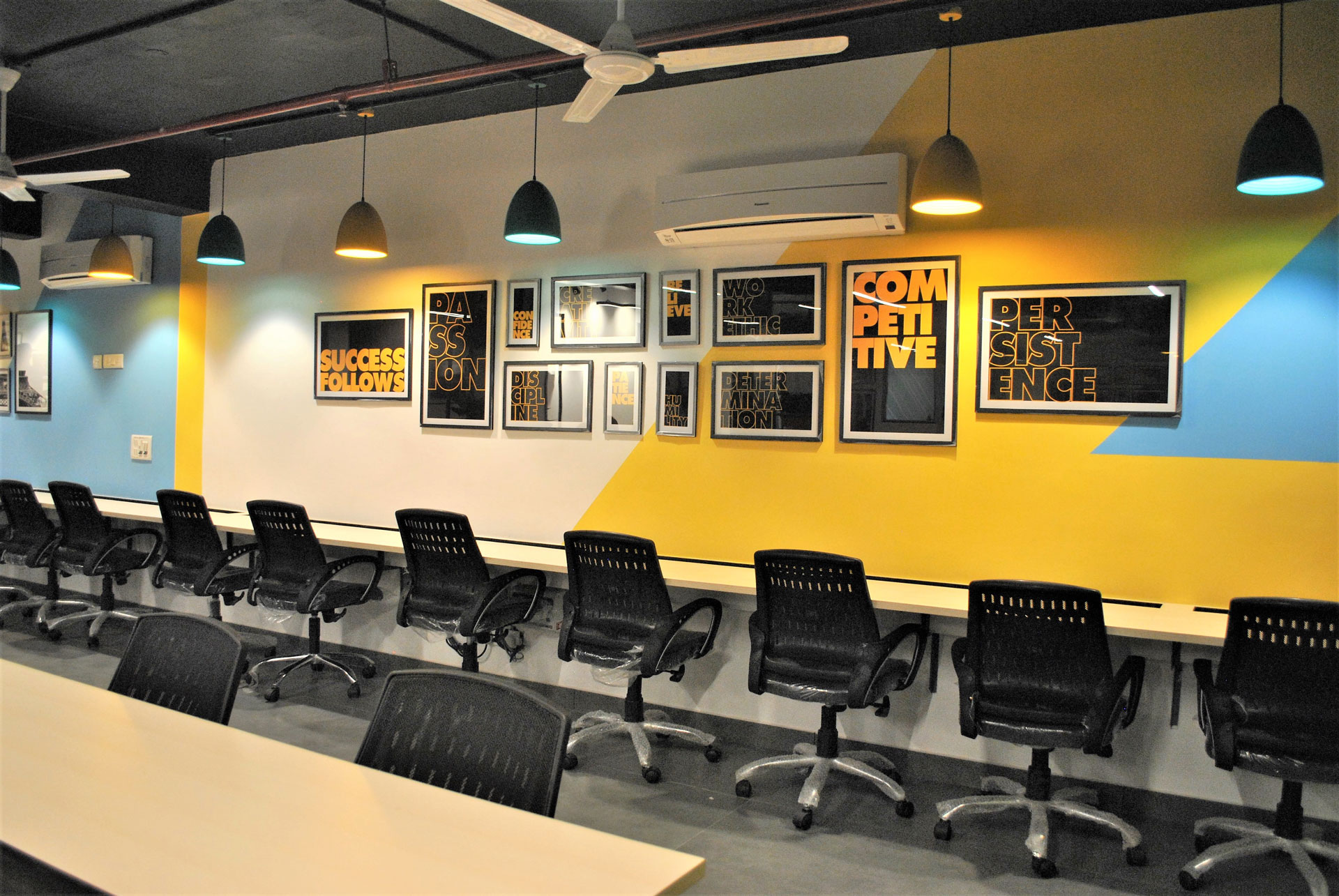 Get the Best shared office in nehru place wolkindia-Real Estate-For Rent-Office Space for Rent-Delhi