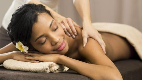 Female therapist needed for a NEW Spa chain. ExcellentPay-Jobs-Health Care-Hyderabad