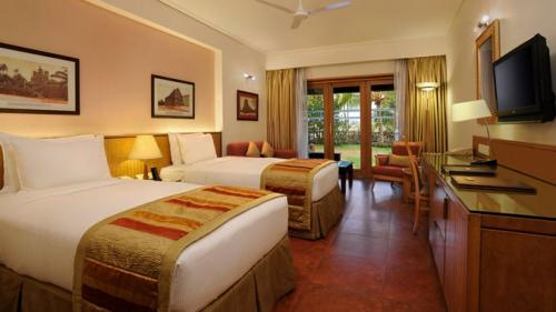 Best offers on Holiday Tour Packages.-Services-Travel Services-Ahmedabad