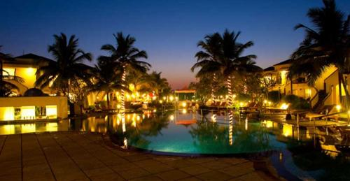 Get Flat 25 off on Your Stay in royal orchid beach resort spa-Services-Travel Services-Goa