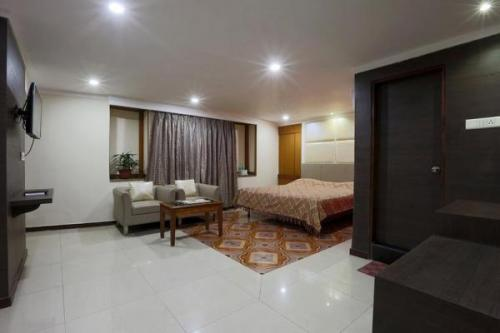 1 BR – Apartment for rent, 2room Guwahati-Real Estate-For Rent-Flats for Rent-Guwahati